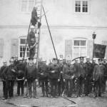 Erinnerungsbild an das 15-jährige FFW-Stiftungsfest (1894)